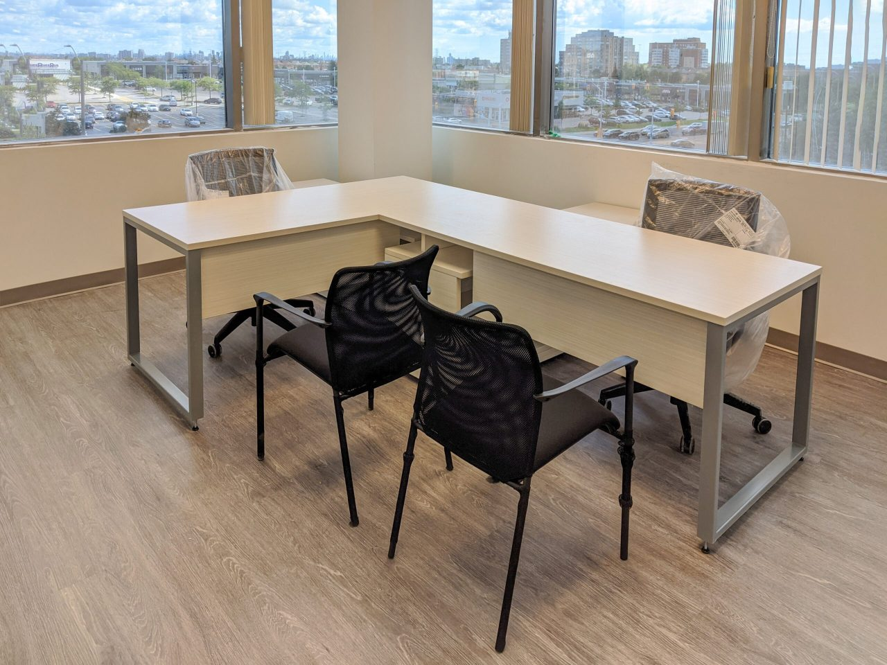 L-Shaped Desk with O-Leg Base, Office Chairs, Visitor Chairs