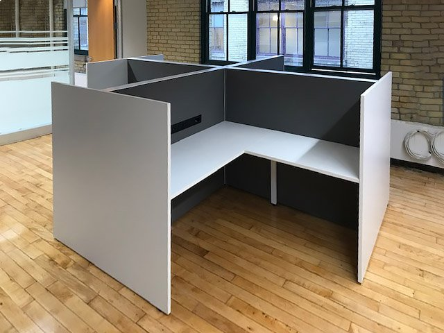 Cubicle - L-Desks with Screens