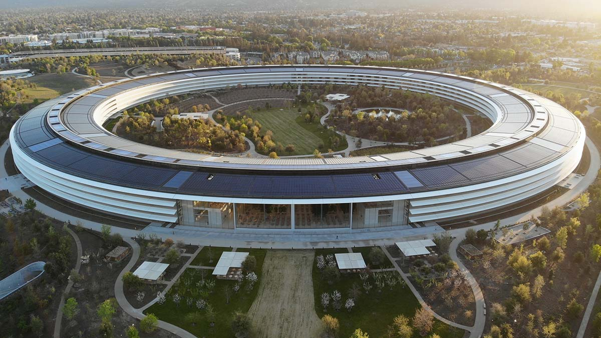 The new Apple Campus - aerial view